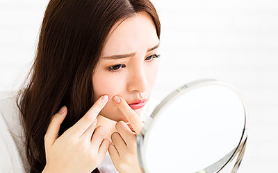 9 Worst Things You Can Do to Your Skin: You Might be Surprised!